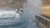 Crashing surf 2